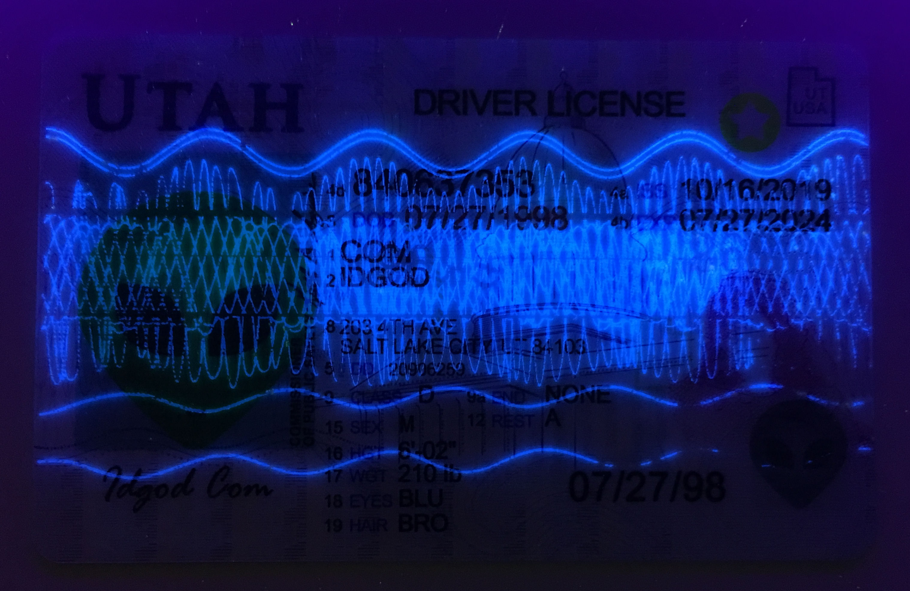 Utah fake id card ultraviolet ink design under blacklight